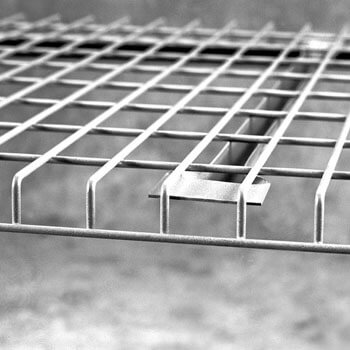 Universal Style Wire Mesh Deck Close up